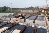 MODERNIZACE. Omlazená čistička odpadních vod v Nedakonicích bude chránit životní prostředí.