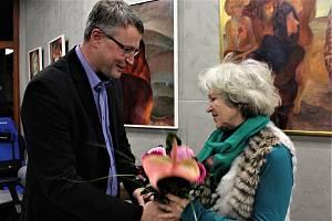 Průřez své celoživotní tvorby představuje od 10. ledna v Galerii s Andělem (Interier Group) hradišťská výtvarnice Drahoslava Burďáková