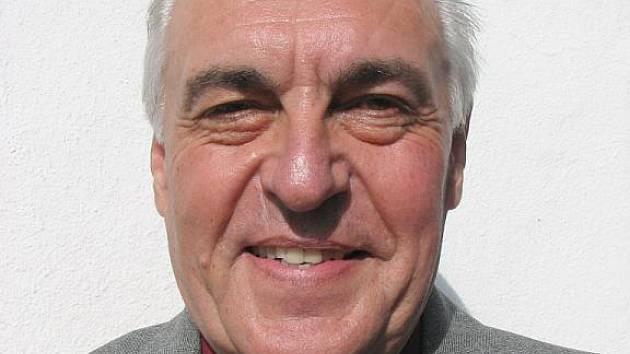 Antonín Pernička, hudební skladatel a textař z Uherského Hradiště-Jarošova.