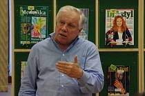 Kam zmizel zlatý poklad republiky vyprávěl Stanislav Motl v hradišťské knihovně B. B. Buchlovana o posledním květnovém čtvrtku.