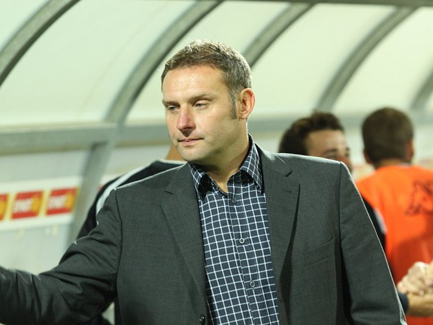Trenér 1.FC Slovácka S. Habanec.