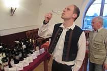 Výtěžek benefiční degustace vín ve Strání bude věnován na nákup zdravotních pomůcek pro obyvatele domu s pečovatelskou službou v této obci.