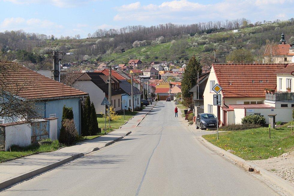 Prohlídka obce Ořechov.
