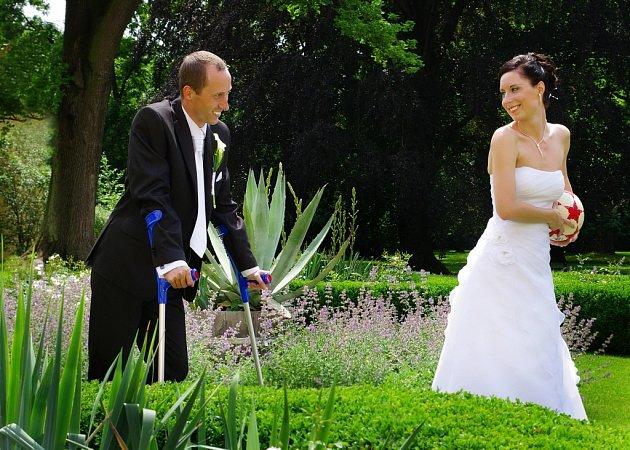 Soutěžní svatební pár číslo 141 - Lenka a Martin Menšíkovi, Želatovice.