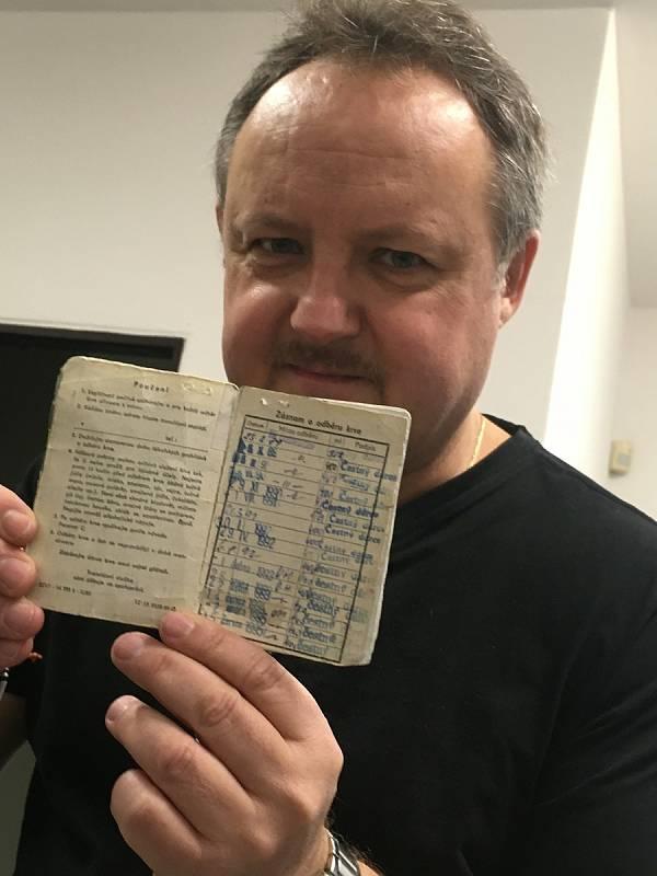 První odběr Pavla Bohuna. Dodnes má v průkazu již sto záznamů.