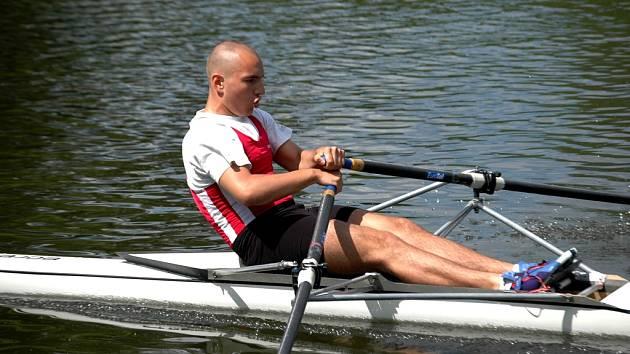 Při závodech na řece Moravě se veslaři vydali ze všech sil.