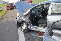 Dopravní nehoda zablokovala silnici z Babic na Spytihněv.