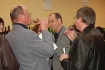Jubilejní, již třicátý ročník výstavy vín zorganizovali zahrádkáři v sobotu ve Vážanech