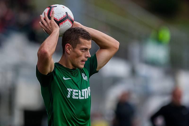 Zápas 11. kola první fotbalové ligy mezi týmy FK Jablonec a FC Slovácko se odehrál 7. října na stadionu Střelnice v Jablonci nad Nisou. Na snímku je Tomáš Holeš.