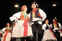 Staroměstský folklorní soubor Dolina oslavoval své šedesáté výročí od založení na Klubu Kultury v Uherském Hradišti.