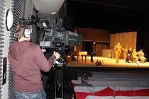Štáby České televize v pátek 1. dubna začaly ve Slováckém divadle v Uherském Hradišti natáčet svůj nový cyklus Rok regionálních divadel. F