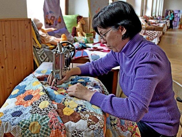 Společenský sál Obecního domu v Modré zaplavila kouzla s textilem