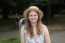 Rodačka z Uherského Hradiště Alžběta Klatová zorganizovala v rámci filmové školy lekci swingu, podpořit ji přijela desítka kamarádů z Prahy.