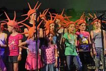 V Kyjově si založili revival oblíbeného dětského seskupení Kašpárek v Rohlíku. Ten vystoupí v Hradišti.