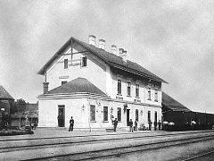 Staré nádraží v Uherském Brodě, foto neznámý autor, 90. léta 19. století.