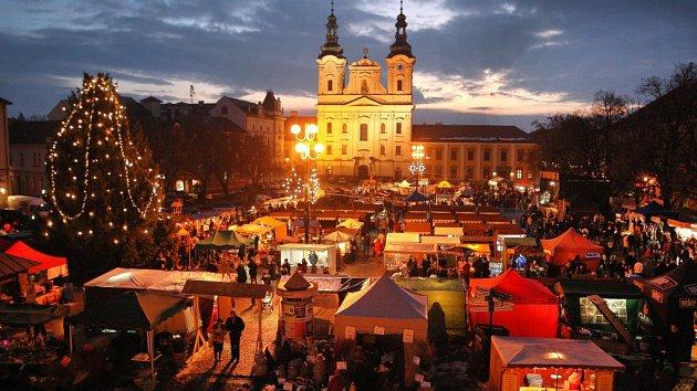 Vánoční trhy v Uherském Hradišti. Ilustrační foto.