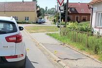 Třináctiletý kluk neviděl auto, to nestihlo zabrzdit.
