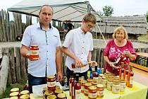 Den medu a medoviny v Archeoskanzenu Modrá. Ilustrační foto