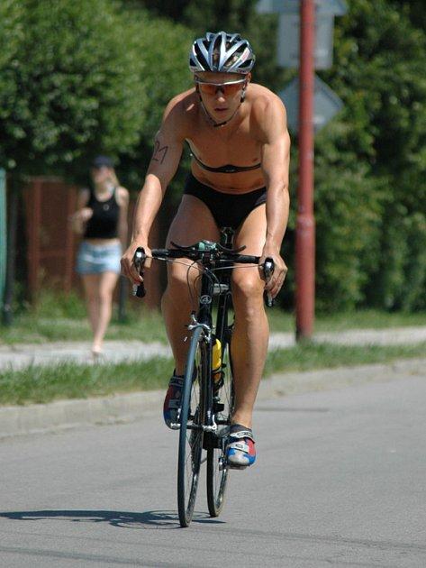 Na startu desátého ročníku Slováckého triatlonu bude chybět jeho pravidelný účastník Petr Vabroušek.
