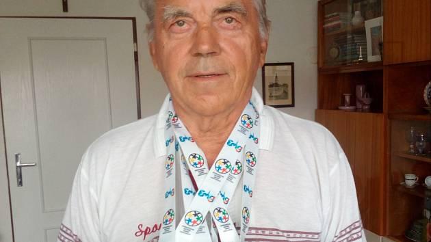 Osmdesátiletý atlet Vladimír Horák
