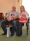 VÍTÁME TĚ MEZI NÁMI, VIKTORIE. Vítání občánků - Viktorie Vaverková s rodiči, Traplice.