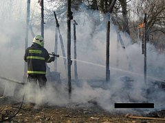 Požár chatky v Újezdci