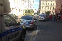 V kanceláři na Otakarově ulici přepadli italského podnikatele.