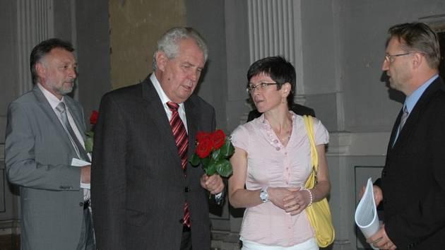 Prezident republiky Miloš Zeman navštívil v pátek 6. září také areál nechvalně známé někdejší věznice v Uherském Hradišti.