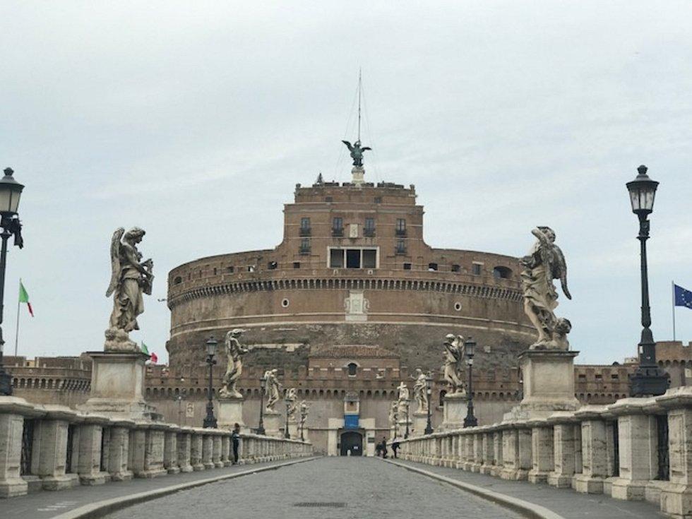 Prázdné ulice Říma v období koronavirové krize.