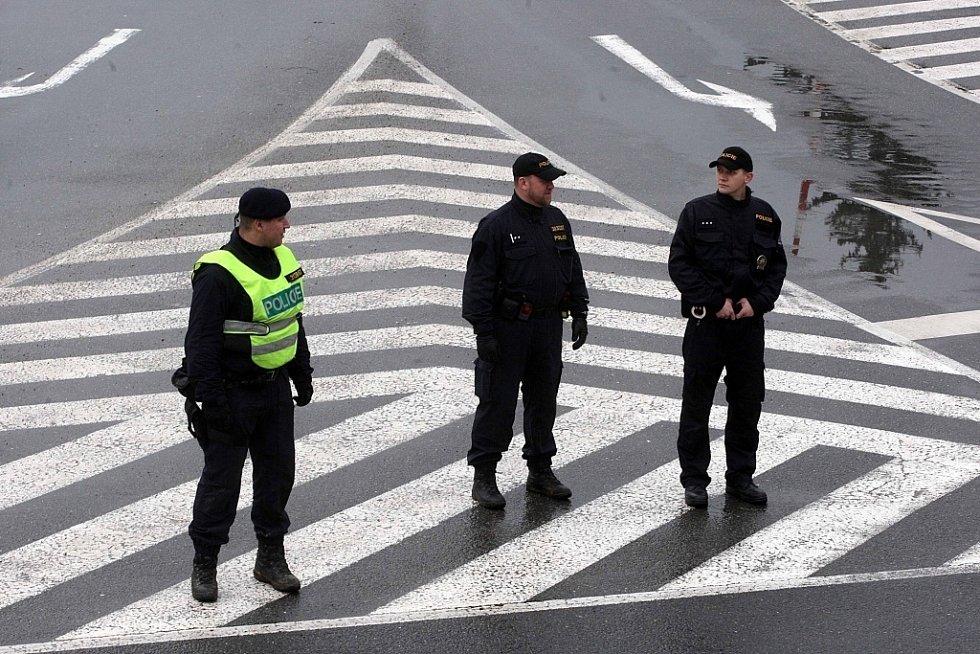 Policejní zásah po střelbě v restauraci Družba v Uherském Brodě.