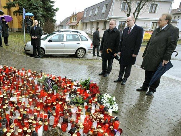 Premiér České republiky Bohuslav Sobotka (ČSSD) uctil památku obětí v Uherském Brodě.