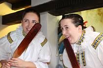 Muzeum Na Mlýně v Dolním Němčí přivítalo návštěvníky tradičního vaření trnek, kteří se v sobotu 3. září vypravili ochutnat postaru udělané povidla.