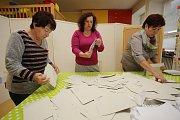 Volby 2017  Sčítání hlasů v Březolupech.