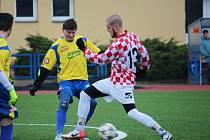 Filip Hruboš (vpravo) se v posledním přípravném zápase blýskl dvěma zásahy do černého.