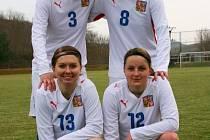 Fotbalistky Slovácka v reprezentačním dresu – nahoře Nikola Sedláčková (č. 3) s Monikou Cvernovou, dole Martina Danielová (č. 13) a Martina Marcoňová.