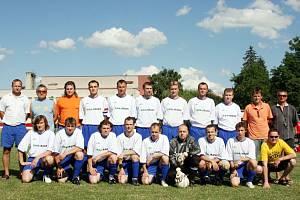 Mužstvo Osvětiman, vítěz Okresního přeboru Uh. Hradiště 2006/2007.