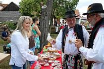 Lidové i slovácké písně budou v sobotu odpoledne a večer znít areálem kudlovické chalupy Strmenských.