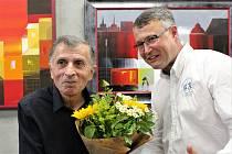 Vernisáž výstavy obrazů arménských malířů v Galerii s Andělem. Ašot Arakeljan a Marek Pavelka.