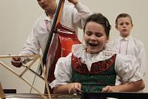 Vánočně laděný koncert v Buchlovicích se uskutečnil v režii učitelů a žáků.