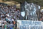 Pochod fanoušků Slovácka Hradištěm před utkáním 1. FC Slovácko - Jihlava.