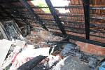 Požár střechy domu v Mistřicích.