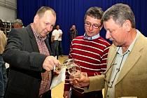 Na oblastní výstavě v Kunovicích předložili pořadatelé fajnšmekrům průřez produkcí vín ze všech moravských vinařských regionů.