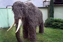 Figurina mamuta ve Slováckém muzeu v Uherském Hradišti.