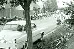 Dukla Praha v šedesátých letech přilákala do Vlčnova spousty fanoušků. Foto: archiv Antonína Zlínského