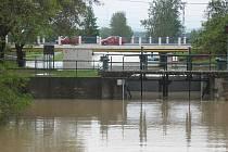 Baťuv kanal při povodni. Ilustrační foto.