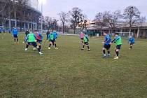 Fotbalisté třetiligového Slovácka B se ve Vídni utkali se záložním týmem Rapidu.