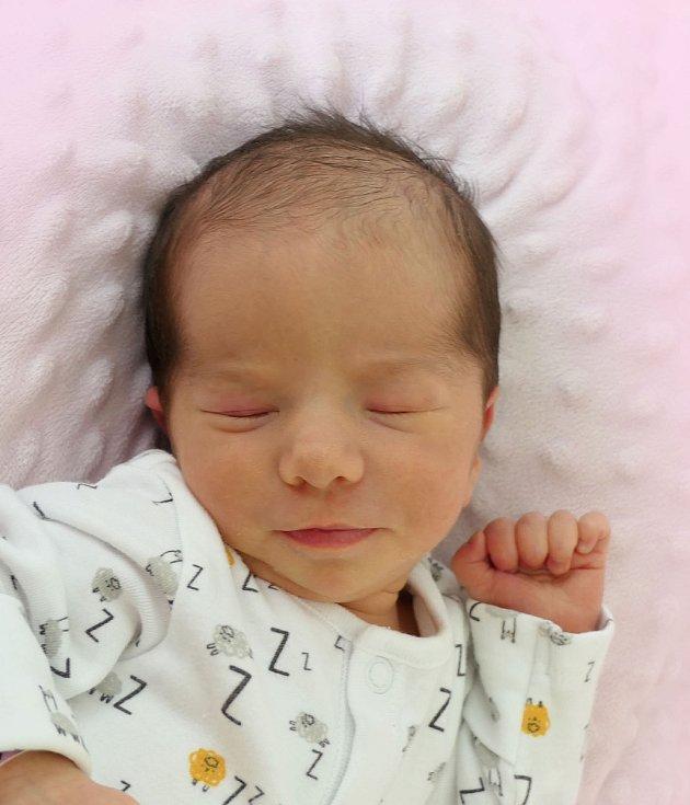 Leontýna Křížová, Bojkovice, narozena 14. července 2021 v Uherském Hradišti, míra  47 cm, váha 2480 g
