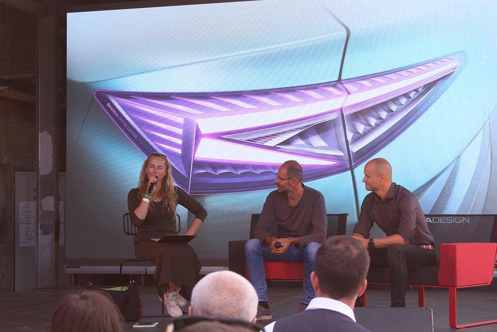 Festival WiFič VEN! V programu nechyběly rozhovory Lucie Výborné se zajímavými hosty.