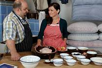 Regionální televize TVS natáčí program o vaření.