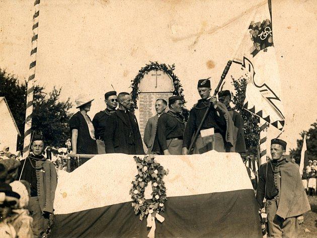 TJ SOKOL Bánov – oslavy svěcení praporu vroce 1926.